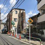 東京都荒川区の暗渠となった江川堀沿いの三角地帯にあった家屋が駐車場になりました