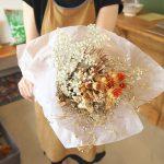 ロスフラワーを救って部屋に花がある生活をしてみませんか?西尾久にあるアラカワイイビレッジでドライフラワーのブーケが1200円で販売中