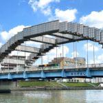 隅田川に架かる尾竹橋がまるで一昔前のゲームのドット絵みたいになっている!