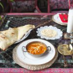 日暮里にある「ダージリン 日暮里店」は料理も店内の雰囲気も完全にインド!