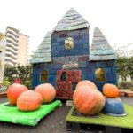 尾久の原公園に巨大なハロウィンのおばけ屋敷が登場!